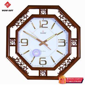 Đồng hồ treo tường quà tặng