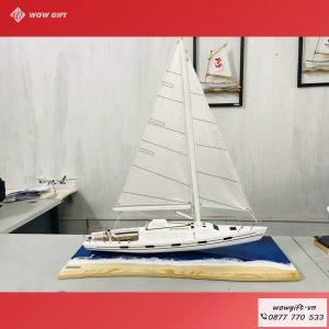 tranh mô hình du thuyền