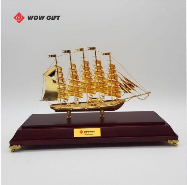 quà tết doanh nghiệp mô hình thuyền buồm