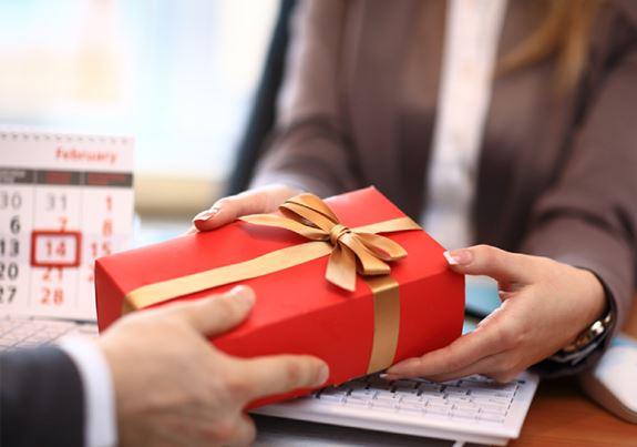 quà tặng 20/10 cho nhân viên công ty
