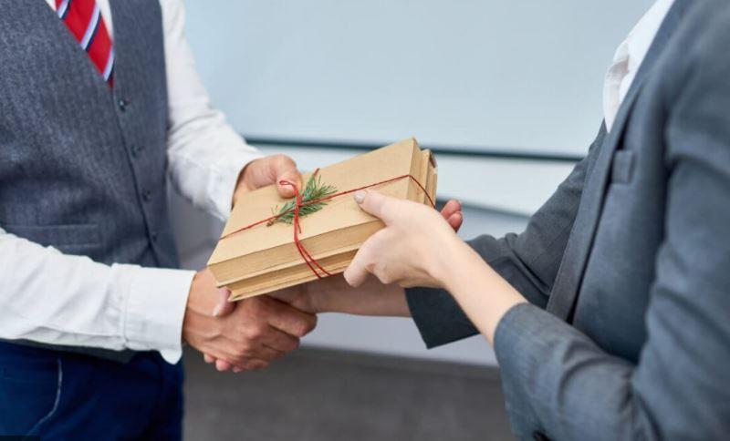 quà tặng khách hàng thân thiết